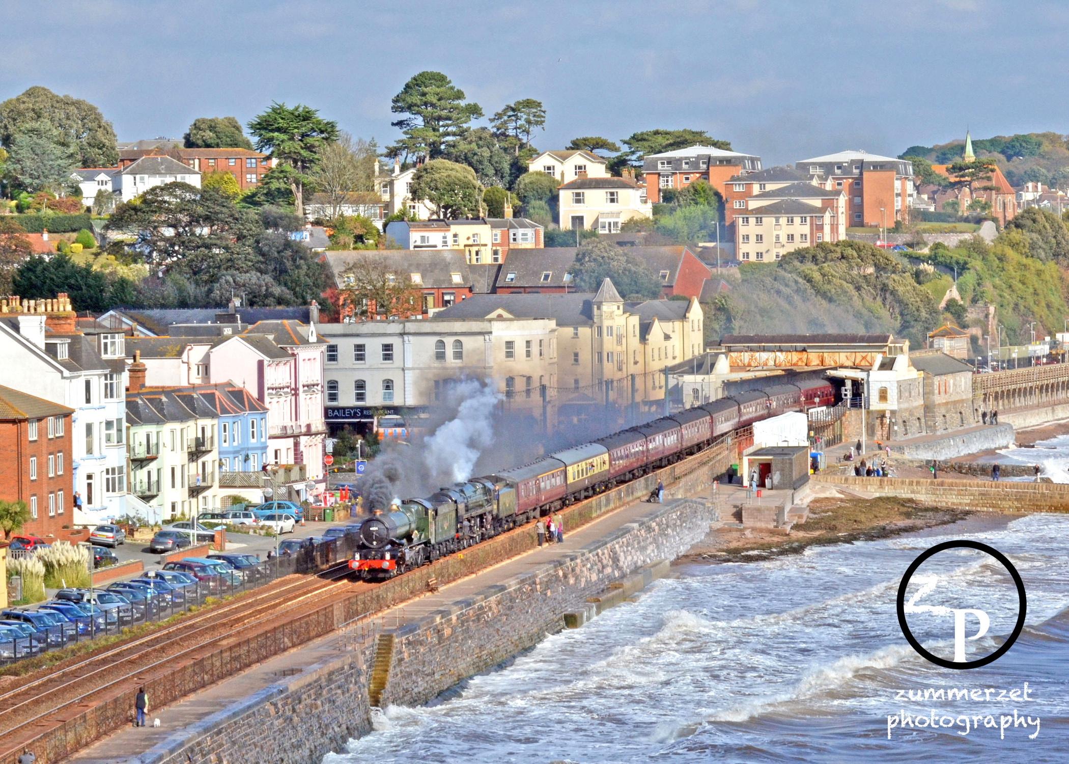 Below is a gallery of photos taken on Saturday, one was taken before ...: www.zummerzetphotography.co.uk/blog/?tag=dawlish-storms